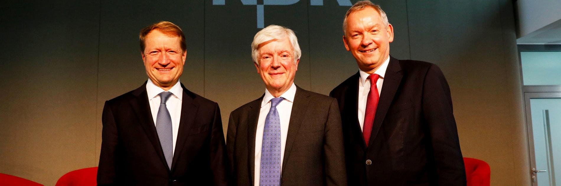Ulrich Wilhelm, Tony Hall und Lutz Marmor   Bildquelle: NDR/Morris Mac Matzen