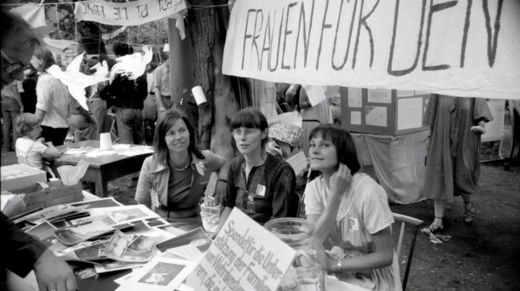 Frauenbewegung in der DDR mit der Bürgerrechtlerin Katja Havemann.   Bildquelle: WDR / Labo M GmbH
